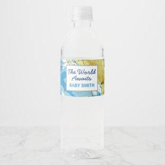 El mundo aguarda la etiqueta de la botella de agua