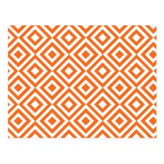 El naranja ajusta el modelo postal