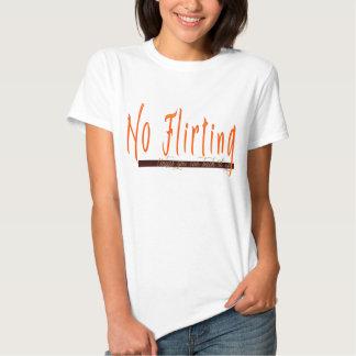 El ningún ligar camisetas