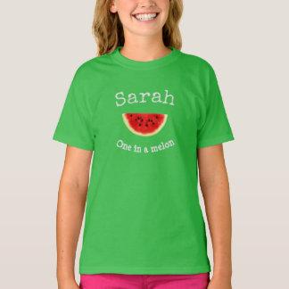 """El nombre de su niño """"uno en camisa de un melón"""""""