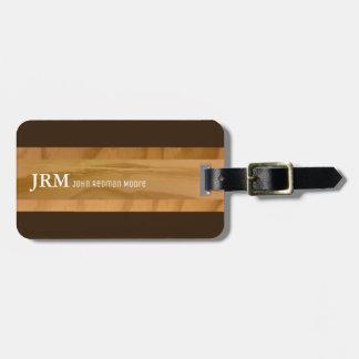 el nombre en los granos de madera mira/viaje del etiquetas para maletas