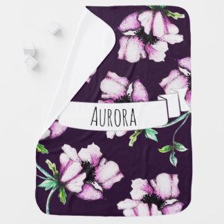 El nombre femenino del bebé de las flores de la mantita para bebé