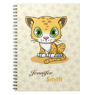 El nombre lindo del dibujo animado del leopardo cuaderno