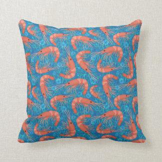 El océano coralino de la gamba del camarón cojín decorativo