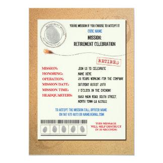 El oficial del fiesta de retiro del agente secreto invitación 12,7 x 17,8 cm