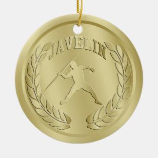El oro de la jabalina entonó el ornamento de la