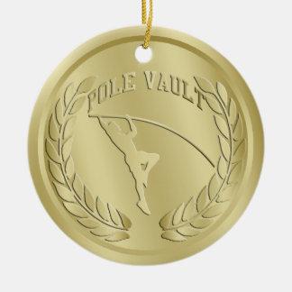 El oro del salto con pértiga entonó el ornamento
