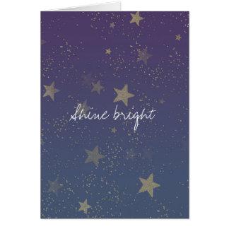 El oro púrpura protagoniza confeti tarjeta