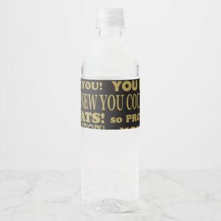 El oro y le ennegrece él graduó etiqueta para botella de agua