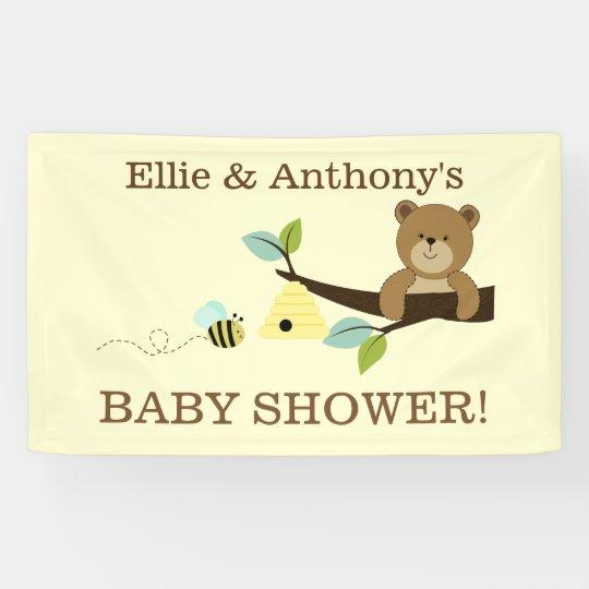 El oso de miel y manosea la bandera de la ducha de lona
