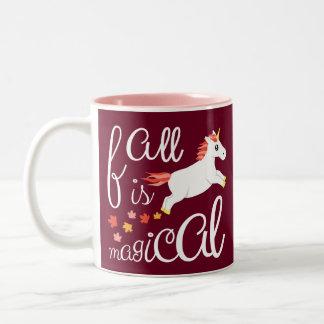 El otoño del unicornio de la caída colorea la taza