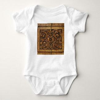 el panel de madera body para bebé