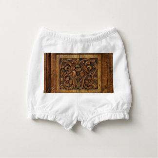 el panel de madera cubrepañal