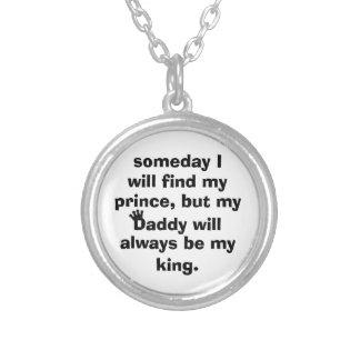 el papá es mi collar del rey