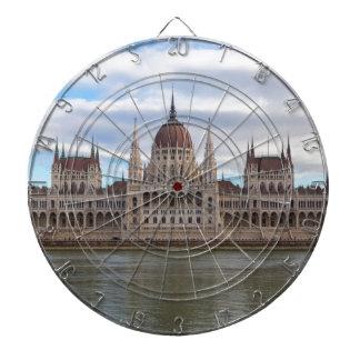 El parlamento húngaro Budapest por día Diana