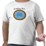 El parque zoológico puntea la camiseta del niño
