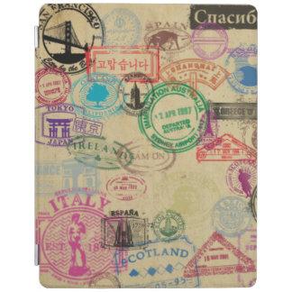 El pasaporte del vintage sella la cubierta cover de iPad