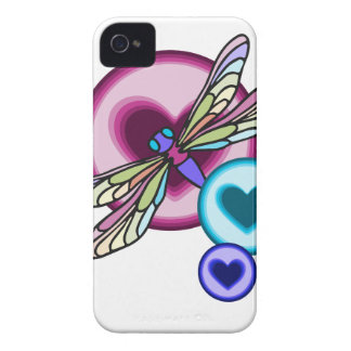 El pastel coloreó la libélula con rosado azul y carcasa para iPhone 4 de Case-Mate