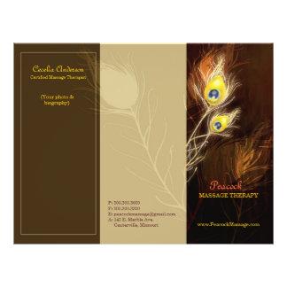 El pavo real del oro empluma los folletos triples folleto 21,6 x 28 cm