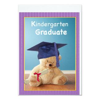 El peluche de la graduación de la guardería invitación 8,9 x 12,7 cm