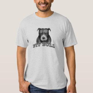 El perro del pitbull crea el arte del perro para camisetas