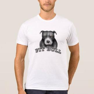 El perro del pitbull crea la camiseta del blanco