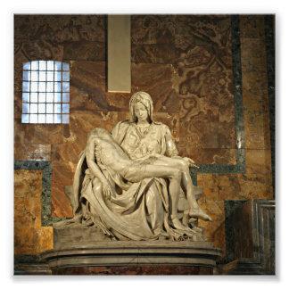 El Pieta de Miguel Ángel en la basílica de San Fotografía