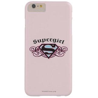 El Pin de Supergirl pela negro y rosa Funda De iPhone 6 Plus Barely There
