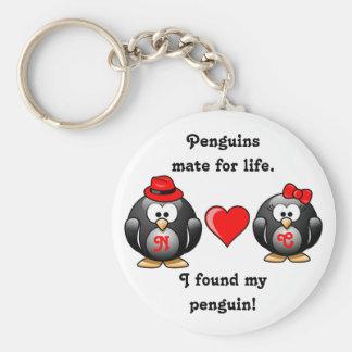 El pingüino I encontró a mi compañero para el cora Llavero Redondo Tipo Chapa
