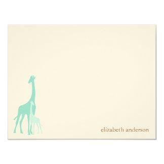 El plano de la jirafa de la mamá y del bebé le invitación 10,8 x 13,9 cm