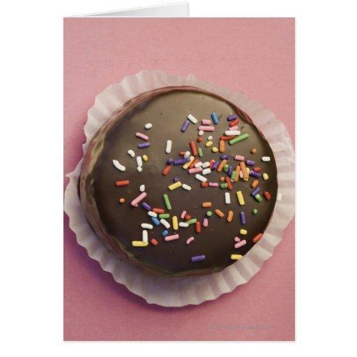 El postre hecho en casa del chocolate con asperja tarjeta