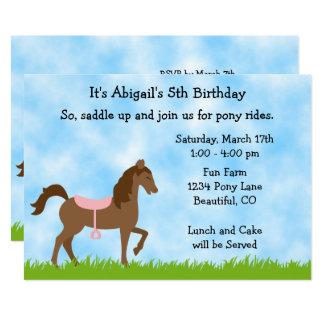 El potro lindo del caballo de Brown monta a chicas Invitación 12,7 X 17,8 Cm