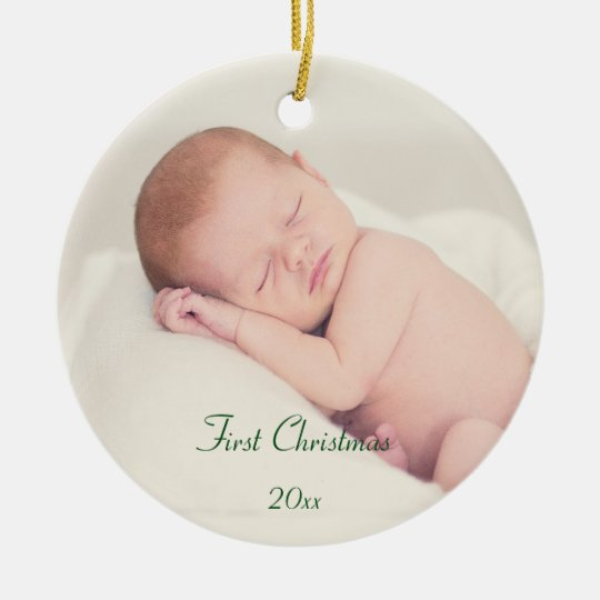 El primer navidad del bebé adorno navideño redondo de cerámica