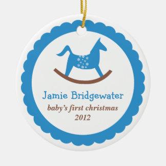 El primer navidad del juguete del bebé oscilante adorno redondo de cerámica
