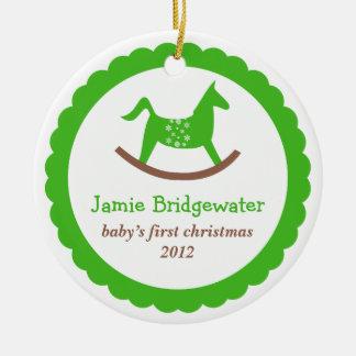 El primer navidad del juguete del bebé oscilante v ornamento para arbol de navidad