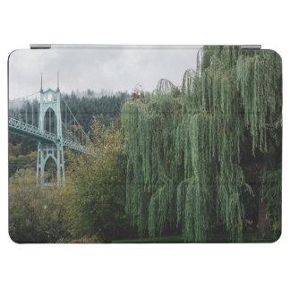 El puente de San Juan del parque de la catedral Cover De iPad Air