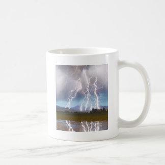 El pulso del relámpago desea las colinas máximas 4 tazas de café