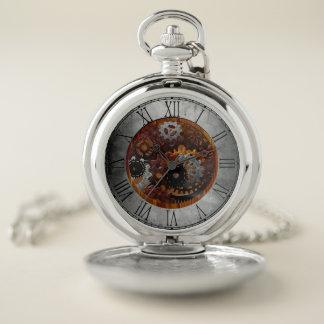 El reloj de Steampunk adapta el vintage mecánico
