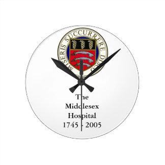 El reloj del hospital de Middlesex con la fraseolo