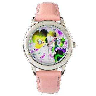 El reloj del niño de las violetas