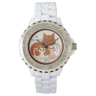 El reloj más dulce de la mamá del gato del