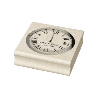 El reloj pega el sello de medianoche de Noche