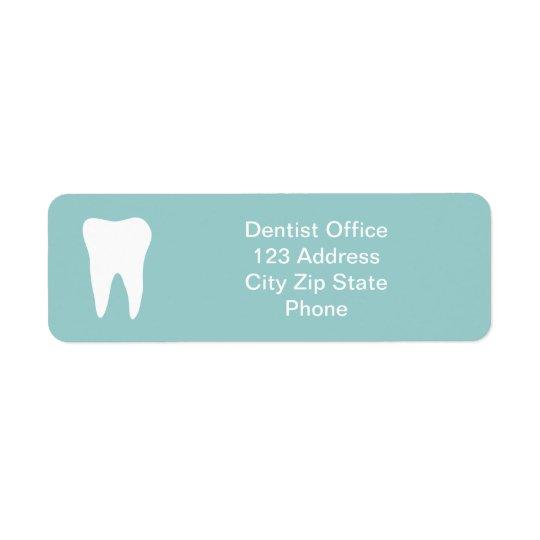 El remite de la oficina del dentista etiqueta el