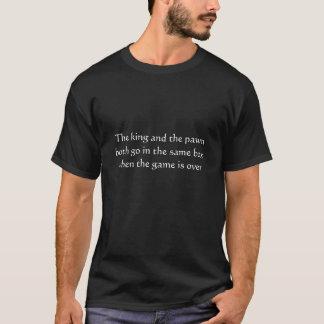 El rey y la camiseta del ajedrez del empeño
