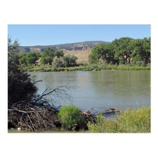 El río Colorado en poca postal de la cala del