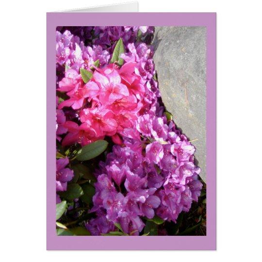 El rododendro florece la tarjeta de felicitación