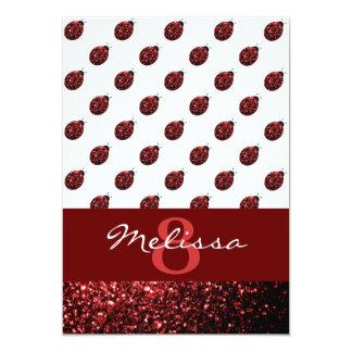 El rojo chispeante hermoso chispea mariquita de la invitación 12,7 x 17,8 cm