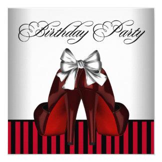 El rojo de la mujer y fiesta de cumpleaños de la invitación 13,3 cm x 13,3cm