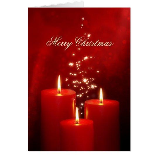 El rojo del navidad mira al trasluz la tarjeta de