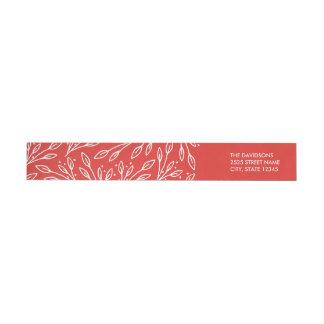 El rojo moderno deja a bayas etiquetas envueltas etiquetas para remite